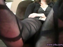 Jennifer 2 month after pregnant Play in Patterned Pantyhose