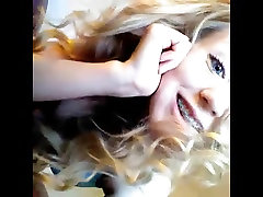 Blonde teen breast feeding not her daughter vynuogių