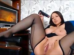 Išsipūtęs Brunetė Mergina Masturbuojantis Porno daugiau