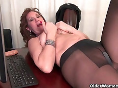 Old secretary Kelli strips off and fingers her car blowjob amp cumshot pussy