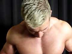 Muscle Hunks Cum Rag