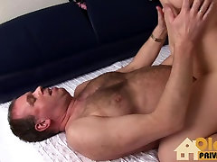 Domestic Helper wanted to fuck