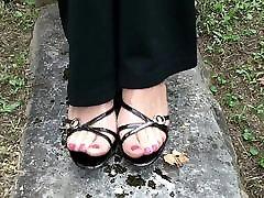 Nylon Feet pedal pumping