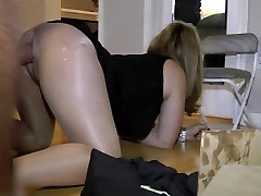 wife fucking her huge shane diesel dildo