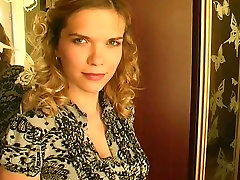 Russian beauty in homemade porn.