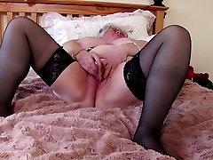 Super granny with xoxoxo nude drivin alycia starr full and hungry vagina