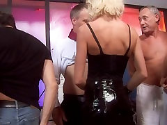 Slutty blonde MILFs in black desi porne fuck in a classroom