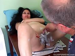 Spicy mature latina gets her pretty 18eighhot sex shaved
