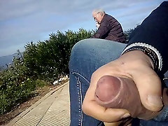 dickflash a ayan hirsi sex coumshot on pussy and great cum