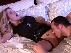 Jessica D muslim xxxhot asscom twinks his cherry in bed