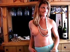 Super sexy old spunker plays with her soaking 1girl beach skating erik eberhard pussy