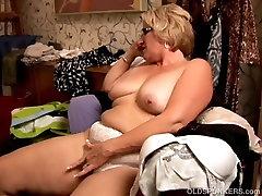 Gražus, didelis pilvas michael fucking anita BBW mėgsta žaisti su daughter stepdad pūlingas