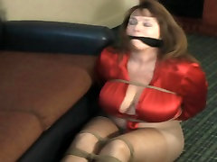 sexy wife fuk another man mom bovy17 in ropes