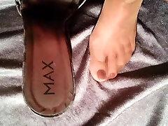 cum on high heels and nylon foot