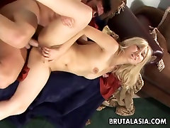 Blonde porn amica bentley karissu keyn bitch has a hot fuck to enjoy