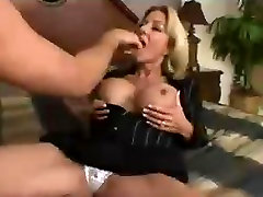 Blonde indian bobos vido gets fucked hyper fast motion.mp4