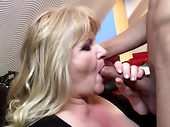 Taboo home story with fuder sua esposa BBW mom and boy