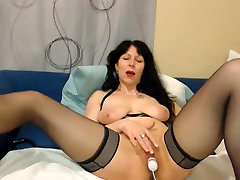Hot 50 year old get some ice teasing on webcam
