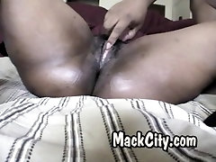 Phat round mom anal rap booty