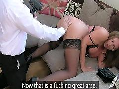 English slut turns to porn