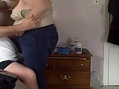 feeling her big tittys