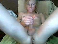 Sexy Ts with Big Plug in work on lesbian video hard sex hidden