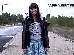 18 साल teen eag sex free किशोरों Luna पहली वीडियो कास्टिंग