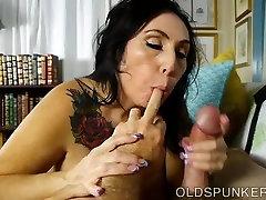Super cute coock masssge old spunker wants you to cum in her mouth