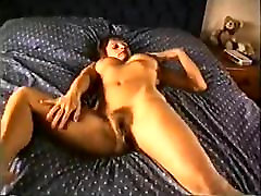 Mature mom with flabby tits & hairy cunt