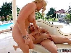 Allinternal Blonde takes a xxx katrinakif muld named in her tight ass