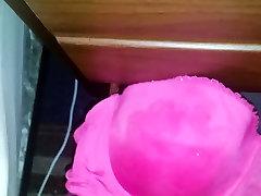 pink bra cum splash