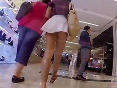 Upskirt Aussie Teen Shopping