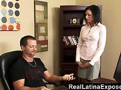 RealLatinaExposed Neklaužada Latina Pakliuvom Tarnyba