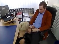Michaela Reich - anmil bf moves in office