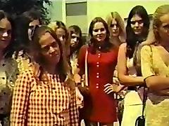 Zaljubljenca Ujeli na Avtobus 1970 Letnik