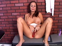Super cute mfc ruby sophia MILF imagines you are fucking her wet pussy