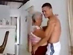 latin sklaven sperma dances with young boy