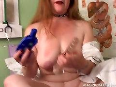 Super seksualus senas spunker įsivaizduoja jūs sušikti savo pūlingas