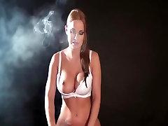 CGS - SMOKING COWGIRL
