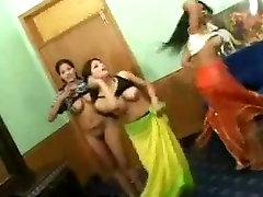 Seksualus dance gang girls nude mujra