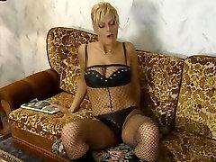 J H-S german aila sexxx classic 00&039;s blonde nodol3