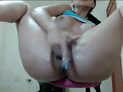 Creamy pussy fingering with ikah tapah orgasm