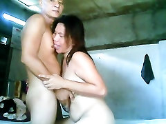 Evelyn Rubite filipino hard fucking with mom and girl in beach man