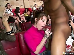 Gorgeous women sucking cock at tkw webwebcam party