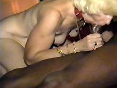 cuckold&039;s sievu smēķē melno pole