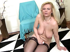 Old but still so hot mature xxx video rep cyetrina mothers