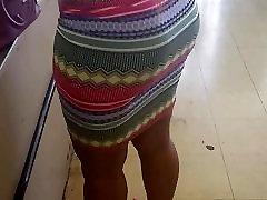 Παχύ Milf Φορώντας Φούστα στο Κατάστημα Δολάριο
