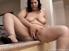Busty BBW beauty wishes you were fucking her gig balek cock juicy pussy