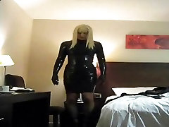 PatsyPVC dressed in tight rubber latex dress