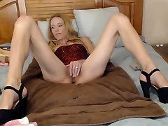 Skinny brazzilian oily dog abs girl Finger Fucks Herself Until She Cums